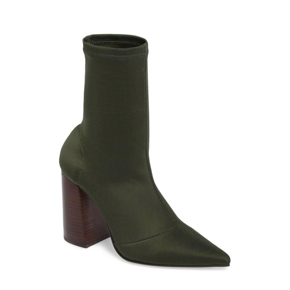 bf4489183a3e NIB Steve Madden Green Pointed Toe Sock Bootie